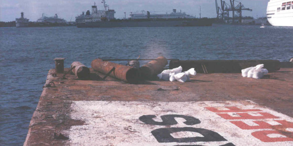 mariner2-barge1